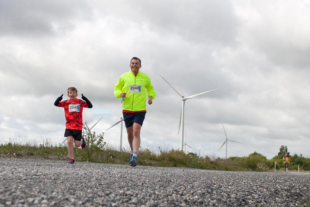 Father-and-son-racing---Visit-a-Wind-Farm